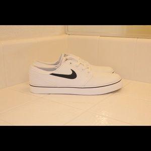 New Nike SB Stefan Janoski White Black Sz 10 & 11